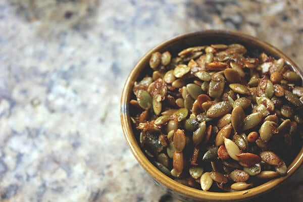 Caramelized_pumpkin_seeds