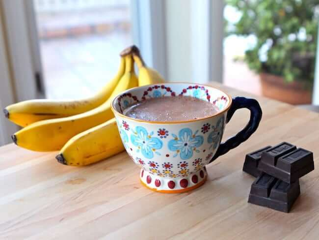 banana-hot-chocolate-900x675