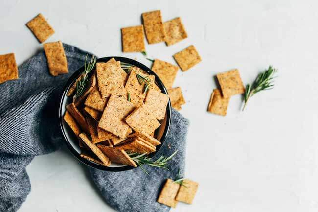 easy-vegan-gluten-free-crackers-7-ingredients-1-bowl-super-crispy-and-delicious-vegan-glutenfree-crackers-rosemary-snack-recipe