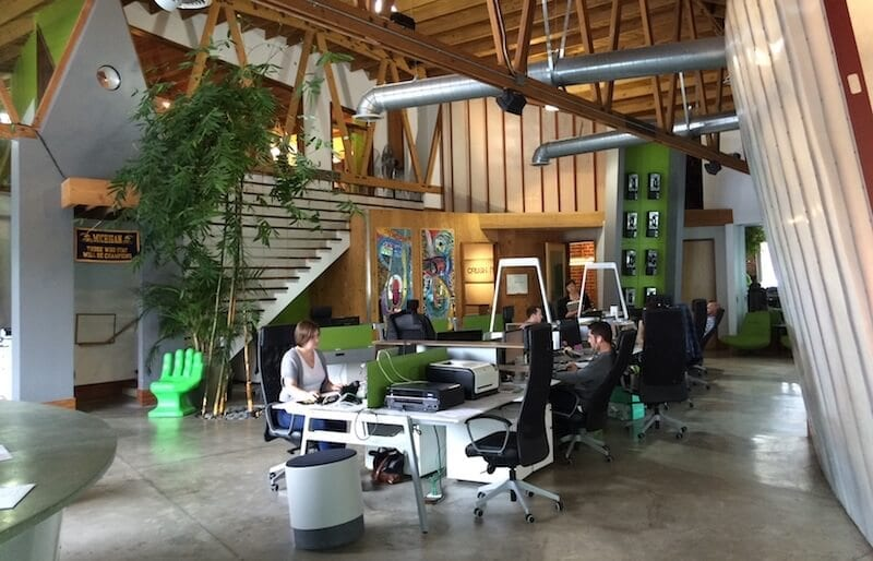 15 creative office layout ideas to match your company's culture