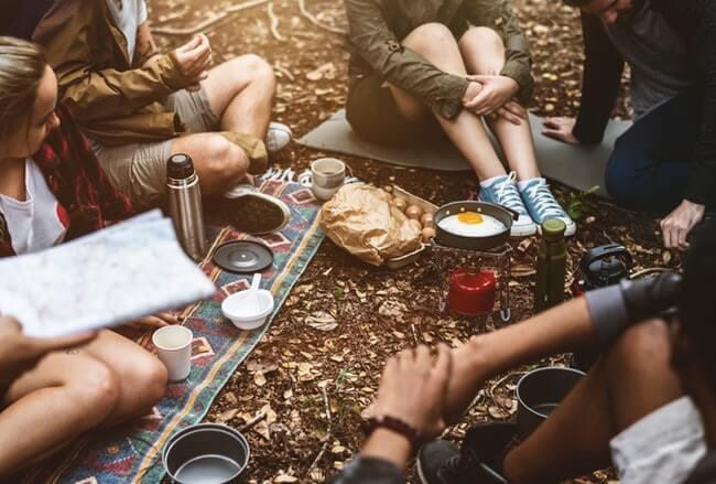 healthy-camping-snacks