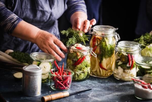 low-sodium pickles