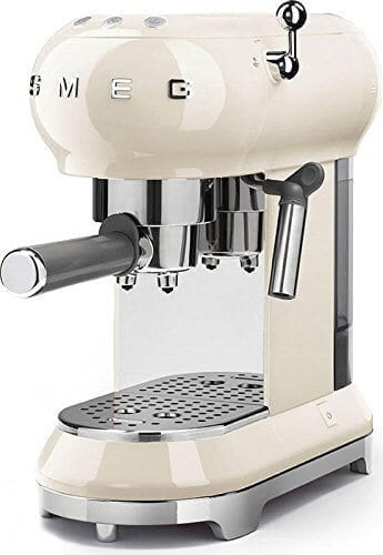 smeg-ecf01crus-espresso-coffee-machine