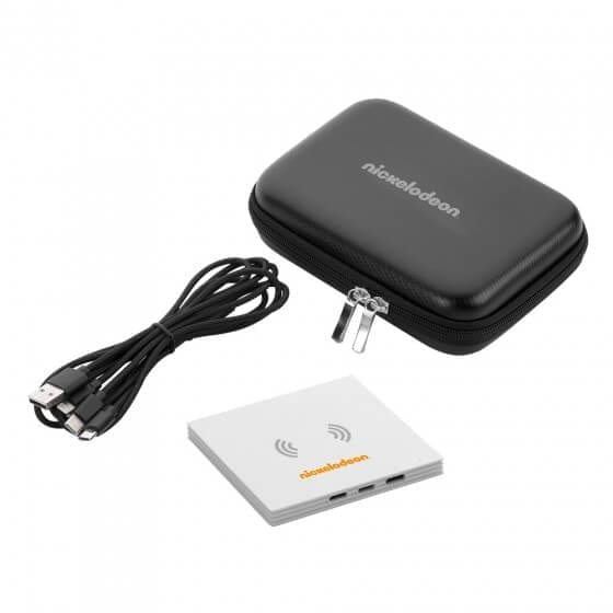 qi-wireless-charging-pad-with-3-in-1-cable-tech-custom-gift-set